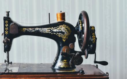 Geschichte der Nähmaschine