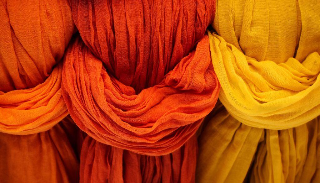 Stoffe in Orange